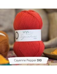 Signature 4- ply. Färg Cayenne pepper, chiliröd