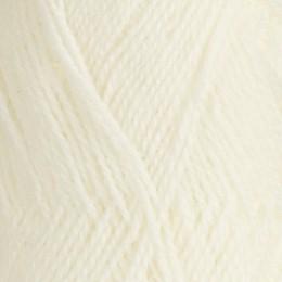 Röros lamullgarn  nr L10, blekt vit