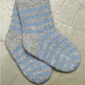 mönster till tovade sockor i vamsegarn