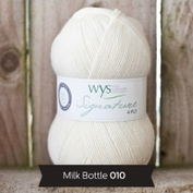 Signature 4- ply. Färg Milk bottle, vit